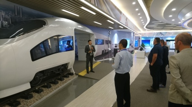 Huaway - Explaining connectivity in high speed trains