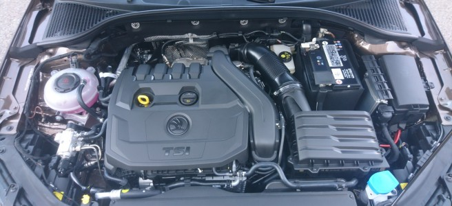 Skoda Octavia GTEC engine opened